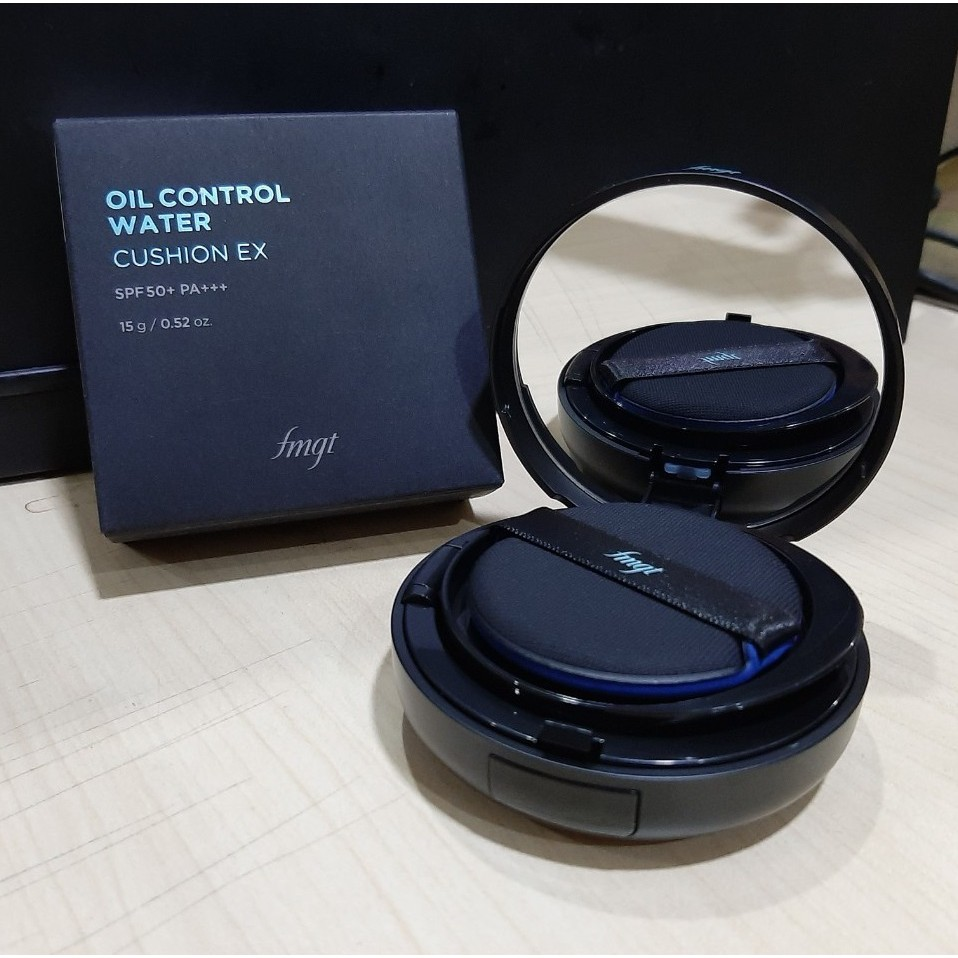 Kết quả hình ảnh cho Cushion TFS Oil Control Water V201